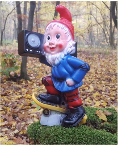 Gartenzwerg mit Radio, mit Bewegungsmelder